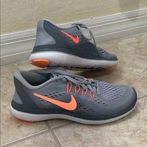 Nike Running Shoe Grey/Neon Pink & Coral